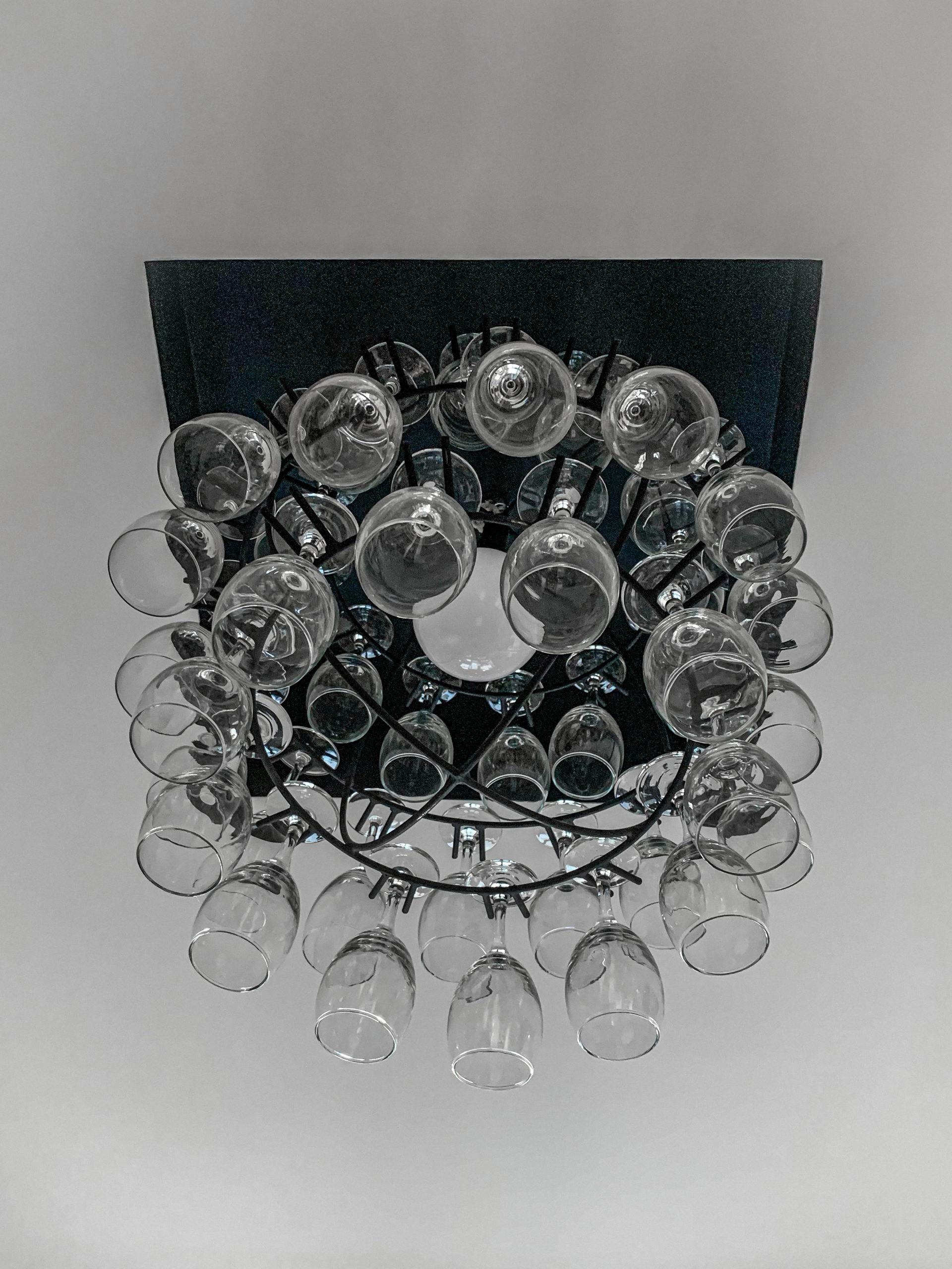 Luster od vinskih čaša
